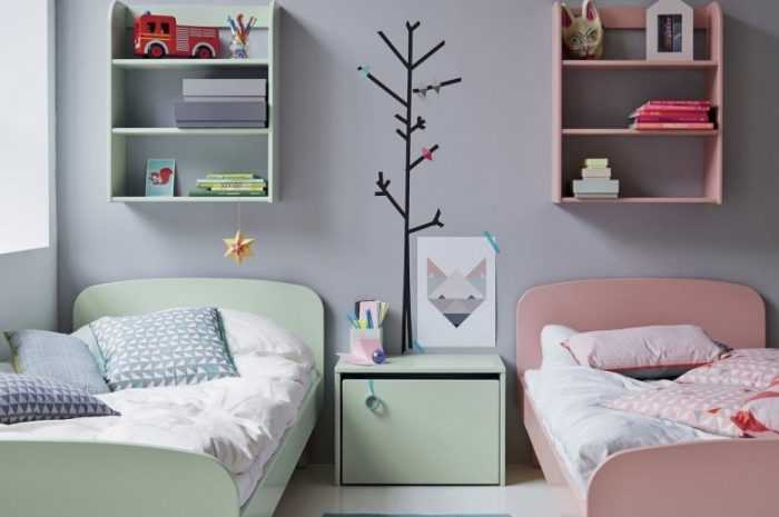 Сказочная маленькая детская комната: как украсить, оборудовать игровое пространство и разместить грамотно кровать?