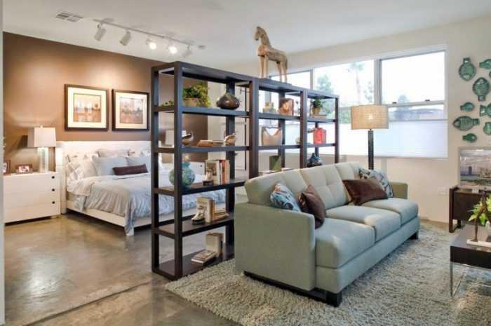 Замечательно оформленная спальня-гостиная в современном стиле: фото примеры с красивой мебелью. Инструкция с описанием основ и правил зонирования.