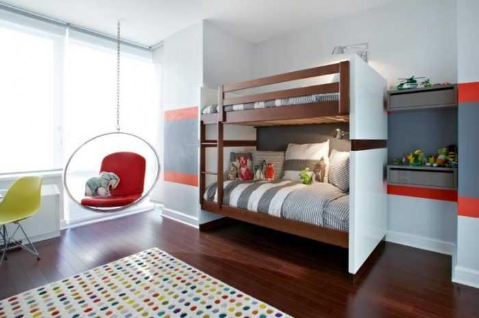 Детские двухъярусные кровати на 2-3 места: критерии выбора, особенности строения конструкции. Видео обзор лучших не дорогих моделей.