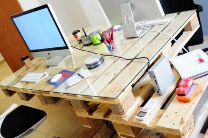 Как сделать компьютерный стол своими руками из древесины или ДСП. Фото/видео мастер класс + описание моделей